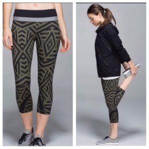 Lululemon Athletica Cropped leggings pant